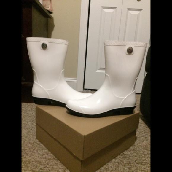 ugg white rain boots off 57% - www